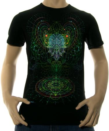 На фото изображено Мужская футболка Alien Mind черная