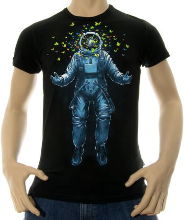 На фото изображено Мужская футболка Space inside черная