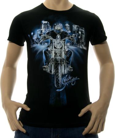 На фото изображено Мужская футболка Night Stranger черная