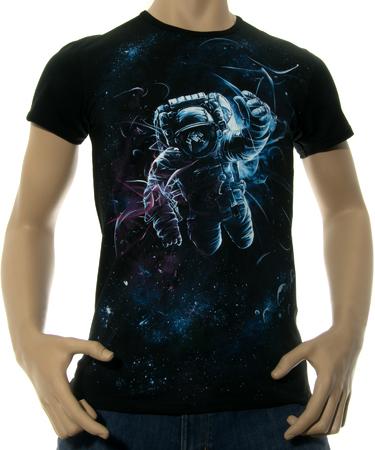 На фото изображено Мужская футболка Gravity Tunnel черная