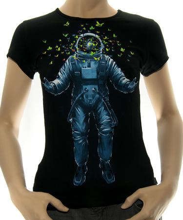 На фото изображено Женская футболка Space inside черная