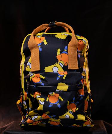 На фото изображено Рюкзак «Симпсоны» с Бартом