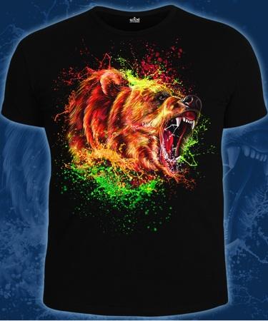 На фото изображено Мужская футболка Медведь черная