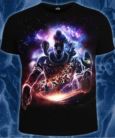 На фото изображено Мужская футболка Vision of the Universe черная